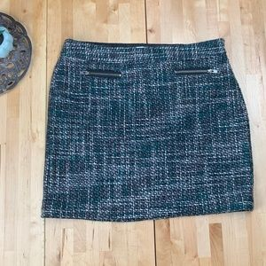 An Taylor Loft tweed plaid skirt work career